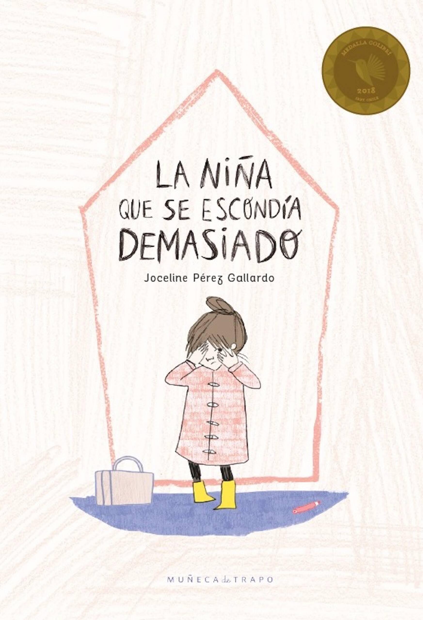 La niña que se escondía demasiado llega a una gran casa donde hay muchos otros niños tan pequeños como ella. Todos